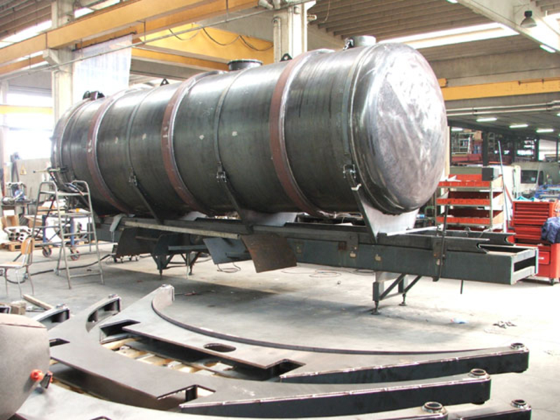 Vacuum Tank Superstructure View In Production Site