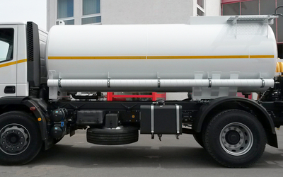 Cleaning truck for high-pressure cleaning and flushing jobs. Made in Germany