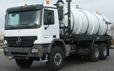 For suction and transport sludge, oil mud, slurry, sewage. VAC-TRUCKS. RAC-Germany