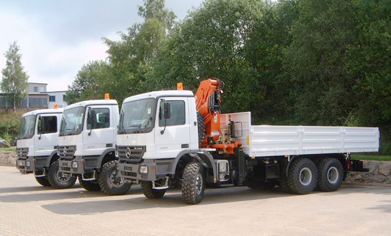 Custom made trucks designed and manufactured by rac rac for Mercedes benz roadside service