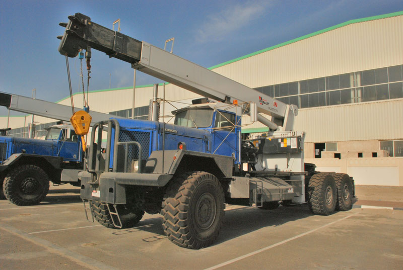 Hydraulic Boom Lifts For Pickups : Weldco beales heavy duty truck mounted hydraulic cranes